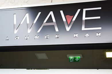 Wave Lounge Bar 21